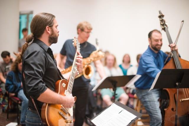 یادگیری موسیقی در بزرگسالان