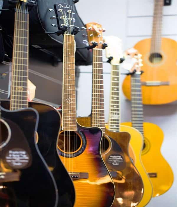 قیمت انواع گیتار
